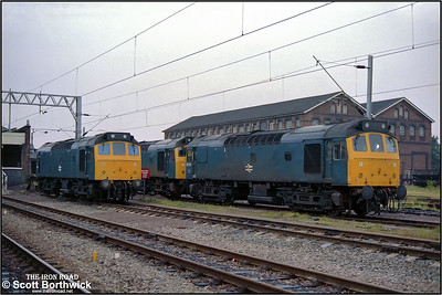 25208+25302 and 25120 are stabled at Nuneaton Trent Valley on the evening of 24/06/1983.