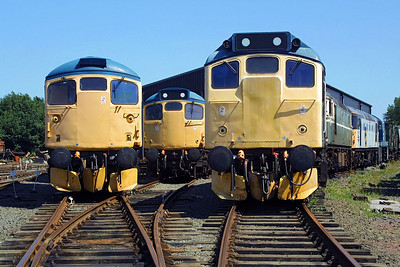 25235 features in this shot of former Scottish Region motive power stabled at Bo'ness on 13/07/2003. D5394 and 26004 can be seen behind the class 25, whilst to its left are 27001 and 26024.