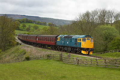 27001 brings up the rear of the 1715 Pickering-Grosmont service at Esk Valley on 13/05/2005.