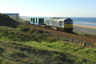 33030 returns from Drigg with the 7C21 0848 Drigg-Sellafield low level radioactive waste trip on 09/09/2004.