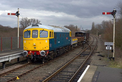 33065 arrives at Orton Mere with a short PW train on 24/02/2007.