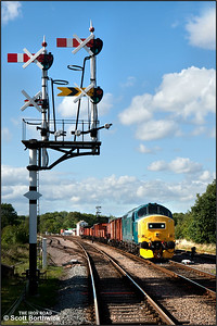 37275 departs from Swithland Sdgs with a mixed freight from Loughborough Central on 05/09/2011.