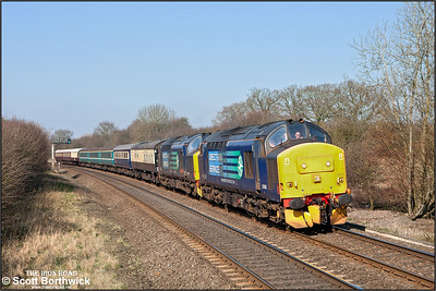 Running 105 minutes late, 37682+37409 'Lord Hinton' pass Wormleighton Crossing whilst working 5Z47 0745 Crewe HS-Eastleigh T&RSMD on 08/03/2011.