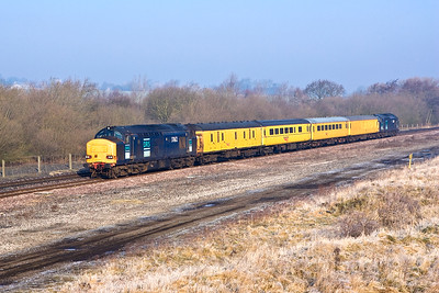 37612/37609 top and tail 1Q15 0731 Derby RTC-Hither Green Serco test train passing Finedon Sdgs on 18/02/2008.