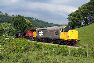 37901 passes Garthydwr with a short PW train on 17/06/2006.