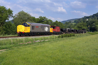 37901 passes Glyndyfrdwy distant signal whilst working a short PW train on 17/06/2006.