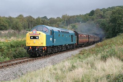 40145 thrashes out of Foley Park tunnel on 01/10/2004 with the 1230 Kidderminster-Bridgnorth service during the Severn Valley Railways 2004 Autumn Diesel Gala.