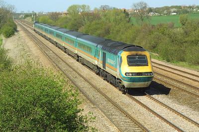 43056/43061 speed past Cossington on 06/04/2002 with 1B33 1332 Nottingham-London St Pancras.