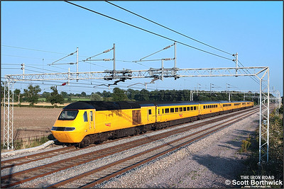 43154 brings up the rear of the New Measurement Train at Easenhall on 17/08/2005 running as 1Z93 1555 WO Crewe-London Euston. 43013 was leading the train which was some two hours late at this point in its journey.