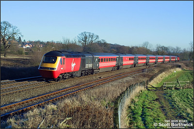 43196 'The Newspaper Society, Founded 1836' & 43078 climb Hatton bank whilst working 1E32 0905 Poole-Newcastle on 31/12/2001. The train was diverted via Solihull to avoid congestion in the Coventry area as the OHLE was down between Coventry & Rugby.