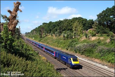 43010/43152 form 1L38 0758 Swansea-London Paddington passing through Sonning cutting on 12/08/2016.