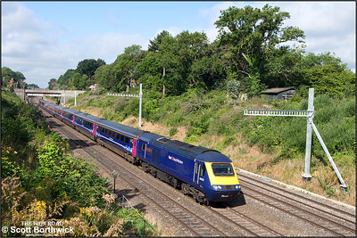 43012 'Exeter Panel Signal Box 21st  Anniversary 2009' heads 1L32 0658 Swansea-London Paddington out of Sonning cutting on 12/08/2016. 43086 was the rear power car.