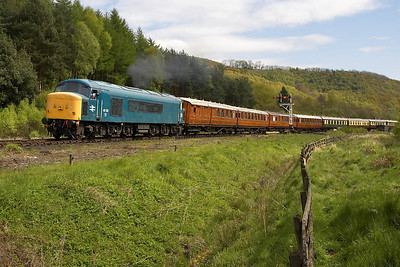 45133 departs from Levisham on 15/05/2005 with the return Sunday Luncheon Pulman service, the 1415 Pickering-Grosmont.
