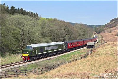 D182 (46045) hauls 2P07 1230 Grosmont-Pickering through Newtondale passing Raper's Farm on 09/05/2008.