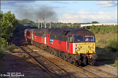 47737+47784 approach Nuneaton Abbey Jnct whilst working a diverted 1G35 1640 London Euston-Wolverhampton on 19/08/2001.
