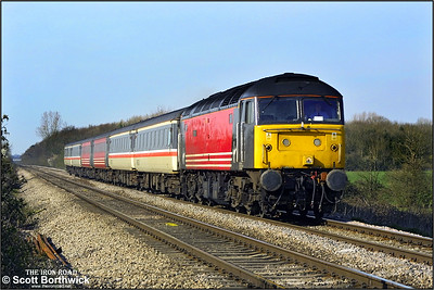 47843 'Vulcan' powers past Pirton Level Crossing, Worcestershire on 26/03/2002 with 1V50 0840 Glasgow Central-Penzance. The loco failed at Bristol Temple Meads and required the assistance of 47292 forward to Penzance.