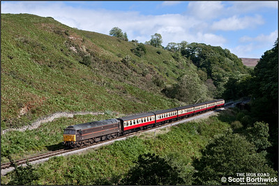 47798 'Prince William' coasts down the bank at Thomason Foss whilst working 1T12 1200 Pickering-Grosmont. The train should have run to Whitby, however, a gas leak at Ruswarp had closed the Esk Valley line, so the service terminated at Grosmont.