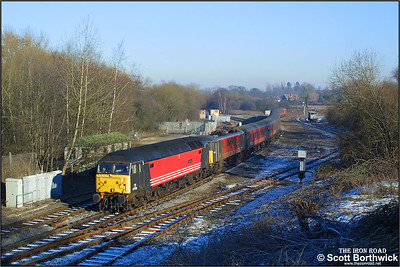 On its last day in traffic, 47741 'Resilient' drags 86212 'Preston Guild 1328-1992' forming 1G21 0935 London Euston-Wolverhampton at  Whitacre Junction on 05/01/2003. 47741 would haul six more drags on this day before being withdrawn after working 1G45 2140 London Euston-Wolverhampton.