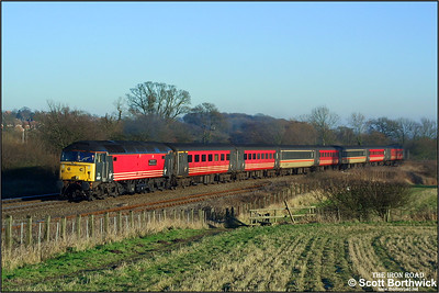 47817 'The Institution of Mechanical Engineers' climbs Hatton bank with the diverted 1M56 0719 Penzance-Manchester Piccadilly on 31/12/2001. The train was diverted away from its usual Bristol to Birmingham via Cheltenham route as a result of engineering work and instead ran from Bristol to Birmingham via Didcot & Oxford.