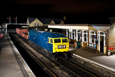 47270 stands at Wansford with a short mixed freight on 23/02/2008.
