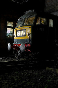 D1705 (47117) stands at Loughborough Central on 09/03/2007.