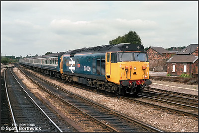 50006 'Neptune' arrives at Salisbury with 1O19 0938 Exeter St Davids-London Waterloo on 09/08/1986.