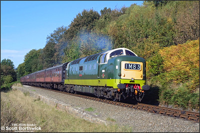 D9009 'Alycidon' (55009) coasts past Northwood Lane, Bewdley whilst working the 1320 Bridgnorth-Kidderminster service during the SVR Autumn Diesel Gala on 04/10/2002.