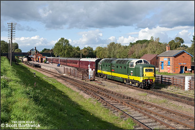 D9009 'Alycidon' departs from Quorn & Woodhouse on16/09/2010.