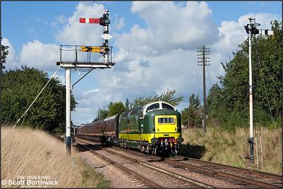 D9009 'Alycidon' departs Loughborough on16/09/2010.