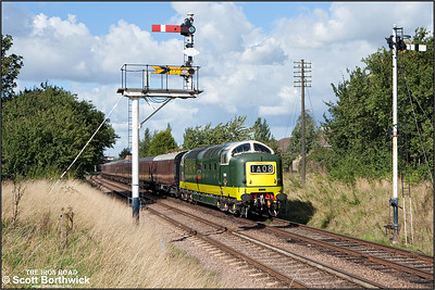 D9009 'Alycidon' departs Loughborough on16/09/2010.