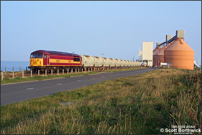 After running round 6N32 1630 Lynemouth-North Blyth alumina empties, 56119 reverses them into the terminal for reloading on 11/09/2002.
