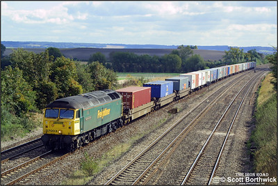 57003 passes South Moreton with a northbound freightliner service on 24/09/2002.