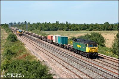 57007 passes Denchworth whilst working 4O51 1002 Cardiff Wentloog-Milbrook FLT on 24/07/2006.