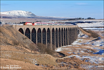 57307 'Lady Penelope' drags 390047 across Ribblehead viaduct whilst forming 1S56 1100 London Euston-Glasgow Central on 04/03/2006.
