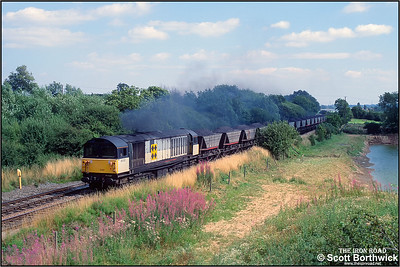 58030 passes Barrow upon Trent on 15/08/1991.