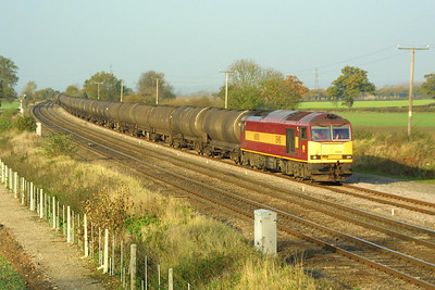 60018 enters Elford loop on 19/11/2001 whilst working 6M00 1127 Lindsey Oil Refinery-Kingsbury Oil Sdgs.