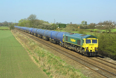 66603 is pictured at Barrow upon Trent hauling 6E55 1003 Kingsbury Oil Sdgs-Humber Oil Refinery empties on 06/04/2002.