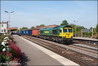 66594 'Spirit of Kyoto' passes Leamington Spa with 4O49 0923 Crewe Basford Hall-Southampton MCT on 02/09/2011.