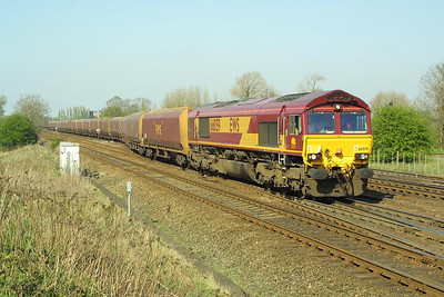 66059 passes Milford Junction on 17/04/2003 with empty HTA hoppers.