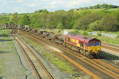 66025 passes Clay Cross South Jnct on 08/05/2003 with 6V37 1259 Lackenby-Llanwern steel slabs.