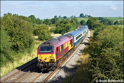 67017 'Arrow' passes Holmes House Farm, Bishops Itchington whilst in charge of 1P03 0723 Wrexham General-London Marylebone on 07/08/2009.