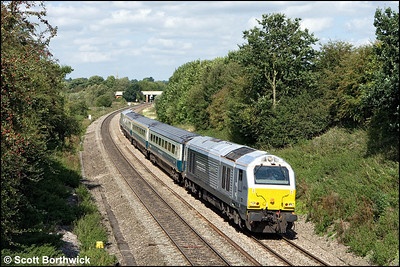 67014 'Thomas Telford' leads 1P13 1123 Wrexham General-London Marylebone approaching Aynho Jnct on 27/08/2009.