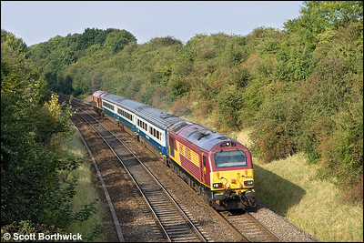 67026 and 67019 top & tail 1P13 1255 Wrexham General-London Marylebone passing Whitnash on 20/09/2008.
