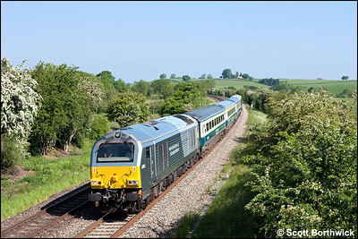 67013 'Dyfrbont Pontcysyllte' passes Holmes House Farm, Bishops Itchington whilst in charge of 1P03 0723 Wrexham General-London Marylebone on 03/06/2010.