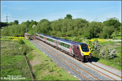 220006 passes Lea Marston whilst forming 1S37 0525 Plymouth-Edinburgh Waverley on 17/05/2014.