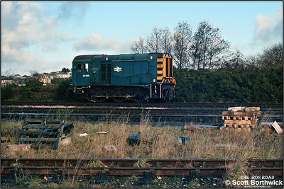 08955 departs St Blazey SS on a trip to collect traffic from Par Harbour on 23/11/1987.