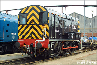 08830 is pictured at Crewe Works during the Open Weekend on 31/05/2003.