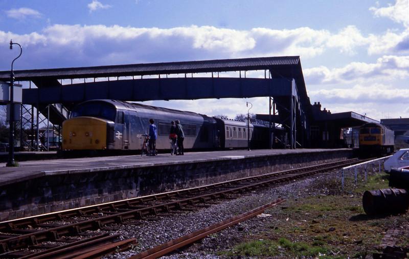 45057, up, 47138, stabled, Tiverton Junction, 8-4-82.