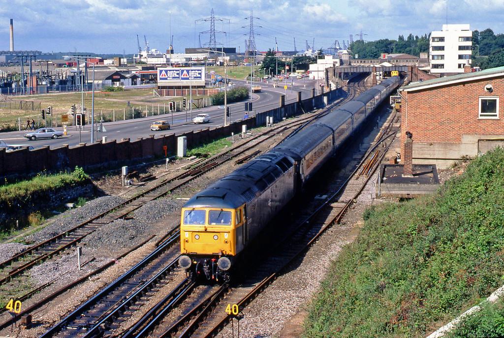 47539, up passenger, Southampton Central, 20-8-82.