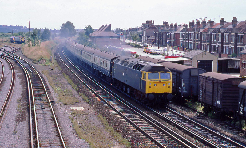 47218, up passenger, Eastleigh, 21-8-82.